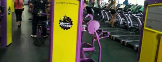 Planet Fitness is one of Tempat yang Disukai Denise.