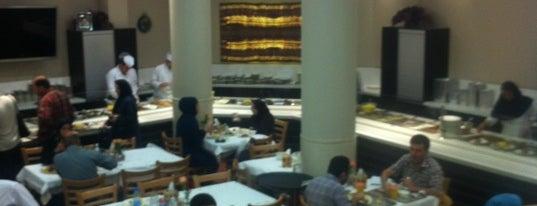 Hani Restaurant | رستوران هانی is one of สถานที่ที่บันทึกไว้ของ vahid.