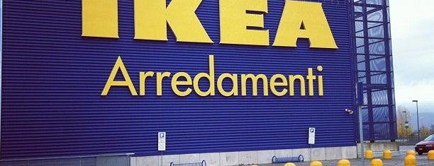 IKEA is one of Lieux qui ont plu à Marco.