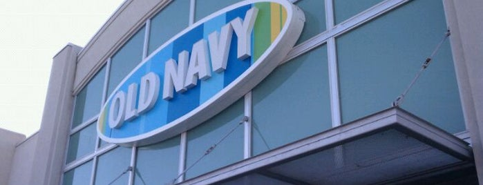 Old Navy is one of Lieux qui ont plu à Anthony & Katie.