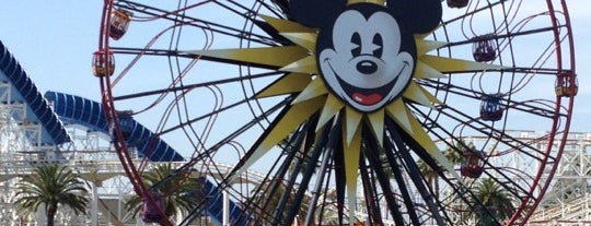Mickey's Fun Wheel is one of Tempat yang Disukai Stephania.