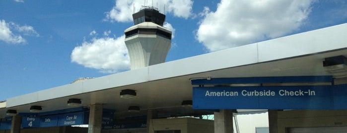St. Louis Lambert International Airport (STL) is one of สนามบินนานาชาติ (1).