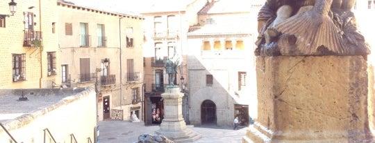 Plazas de San Martín y Medina del Campo is one of Sagobia.