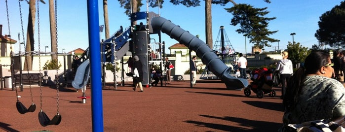 Lincoln Park Playground is one of Kids SF.