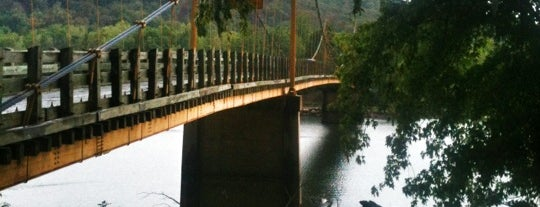 Beaver Bridge is one of Tempat yang Disukai Priscilla.