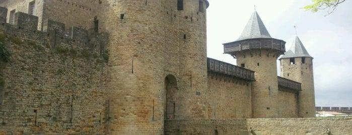 Cité de Carcassonne is one of Escenarios de la novela TIERRA SIN REY.