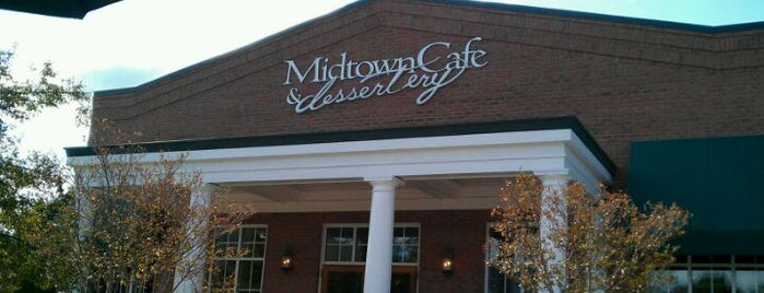 Midtown Cafe & Dessertery is one of Tempat yang Disimpan Janell.