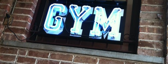 GYM Sportsbar is one of Orte, die John gefallen.