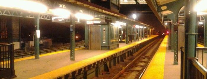 MTA Subway - Junction Blvd (7) is one of IRT Flushing Line (7) <7>.