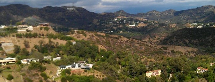Runyon Canyon Park is one of Los Angeles LAX & Beaches.