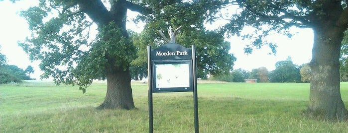 Morden Park is one of Locais curtidos por Ralph.