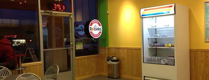 Robeks Fresh Juices & Smoothies is one of Pablo 님이 좋아한 장소.