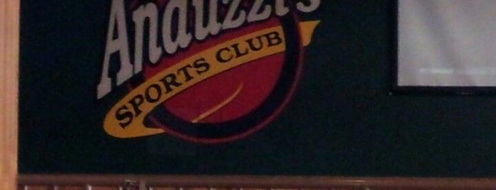 Anduzzi's Sports Club is one of Green Bay.