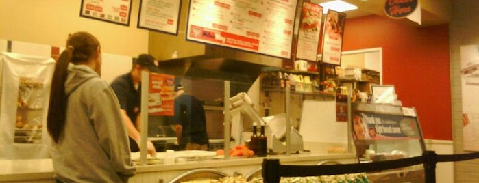 Jersey Mike's Subs is one of Lugares favoritos de Deeps.