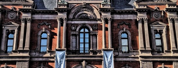 Renwick Gallery is one of Smithsonian Museums in Washington.