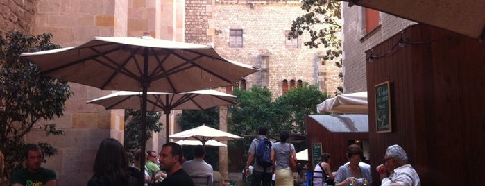 Café d'Estiu is one of Breakfast and nice cafes in Barcelona.