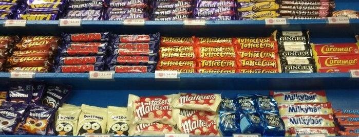 Candy Aisle is one of E'nin Kaydettiği Mekanlar.