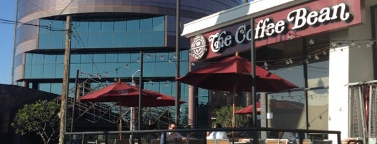 The Coffee Bean & Tea Leaf is one of Lieux qui ont plu à Laurenn.