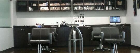 Tangerine Salon is one of Locais curtidos por Claudia.
