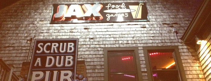 Jax Food & Games is one of Locais salvos de Tim.
