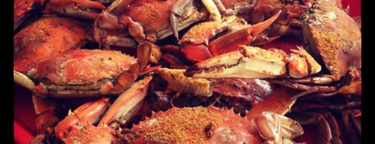 Crab House At Two Mile Landing is one of Lieux sauvegardés par Cassie.