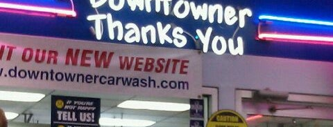 Downtowner Car Wash is one of Orte, die Aaron gefallen.