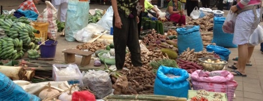 Chiang Saen Market is one of Tailandia.