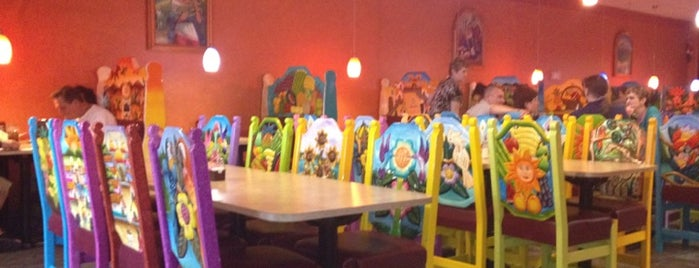 Cancun Mexican Restaurant is one of Locais curtidos por Maggie.