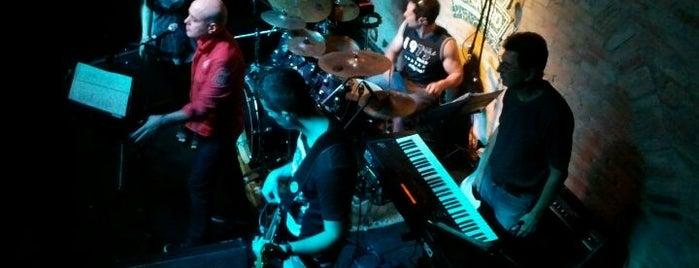Rey Castro is one of Night Life! Grande ABC.