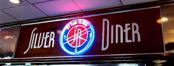 Silver Diner is one of Orte, die Yvette gefallen.