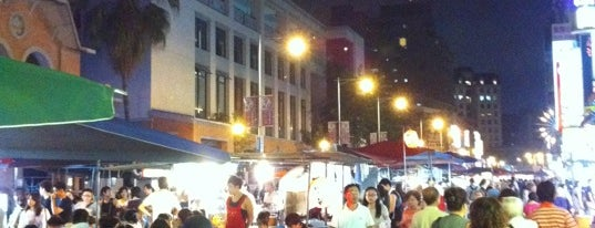Ningxia Night Market is one of Taipei City.. I don't believe it.