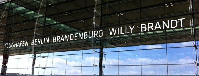 Berlin Brandenburg Airport Willy Brandt (BER) is one of Jánosさんのお気に入りスポット.