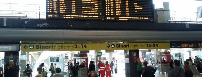 Stazione Napoli Centrale is one of Top 100 Check-In Venues Italia.