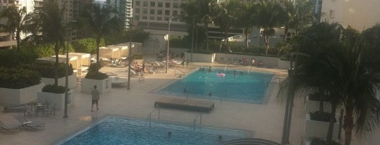 Plaza on Brickell - Pool is one of Pavlos list.
