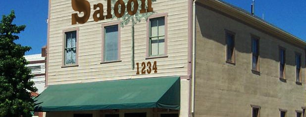 Pine Street Saloon is one of Central Coast.