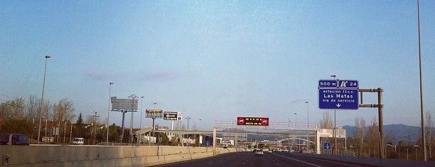 Autovía del Noroeste A-6 (Carretera de La Coruña) is one of Transporte.