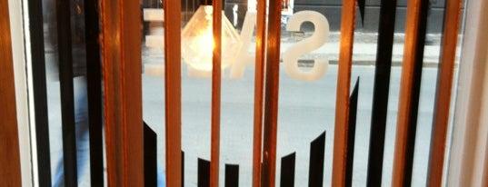 Henrik Vibskov Boutique is one of Bons plans Copenhague.