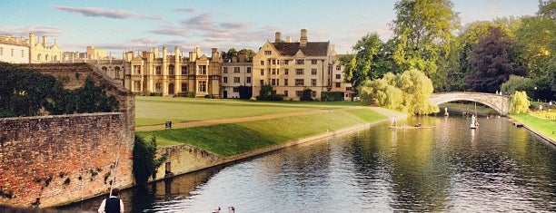 Clare College is one of Lugares favoritos de Mike.