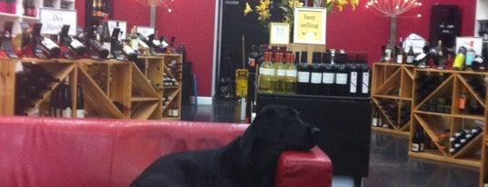 Veritas Wine and Craft Beer is one of Orte, die Michelle gefallen.