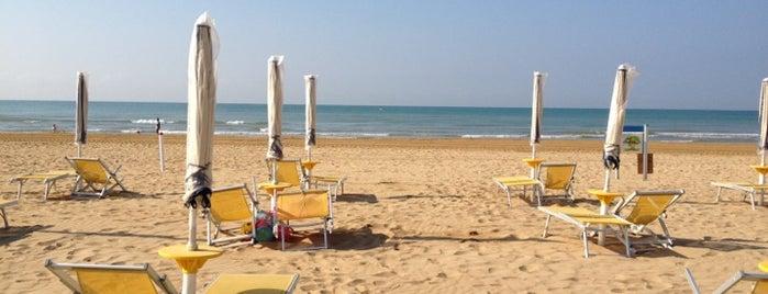 Spiaggia di Bibione is one of Enrico 님이 좋아한 장소.