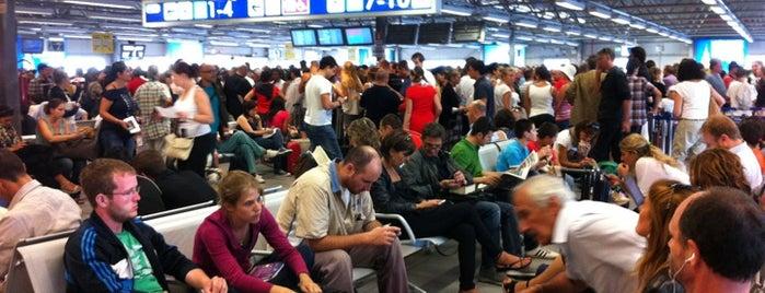 Aeroporto di Roma Ciampino (CIA) is one of Top 100 Check-In Venues Italia.