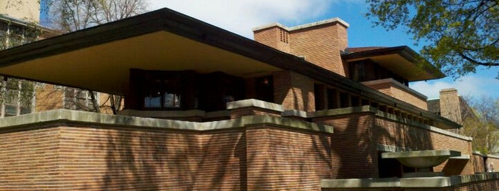 Frank Lloyd Wright Robie House is one of Chicago, IL.