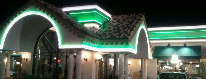 Omega Family Restaurant is one of Bob'un Kaydettiği Mekanlar.
