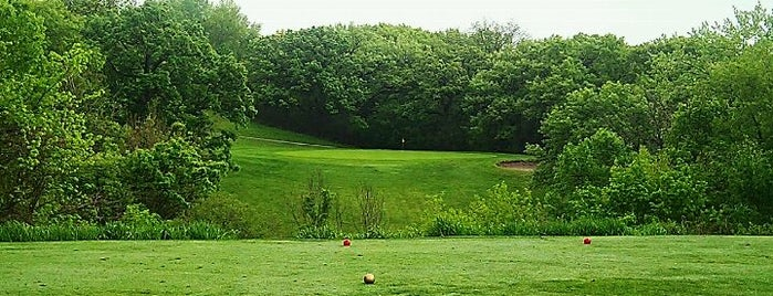 Waveland Golf Course is one of Des Moines.
