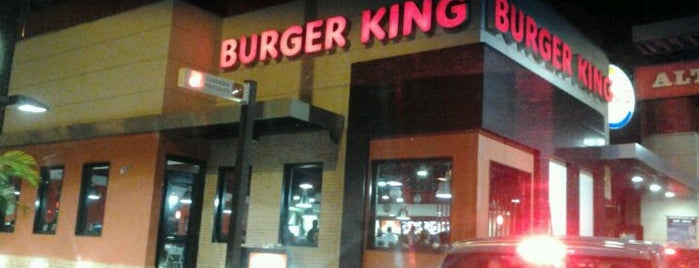 Burger King is one of Lugares.