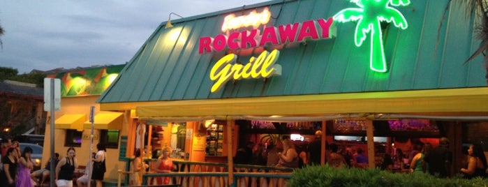 Frenchy's Rockaway Grill is one of Megさんの保存済みスポット.