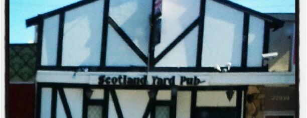 Scotland Yard Pub is one of Posti che sono piaciuti a Annie.