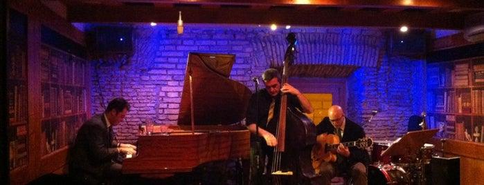 Gregory's Jazz Club is one of Locais curtidos por Billy.