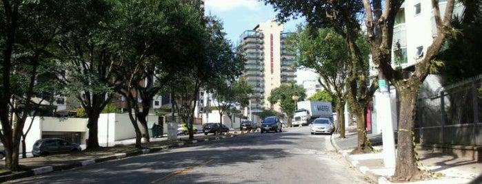 Av  Doutor Carlos de Campos is one of Tempat yang Disukai Naila.