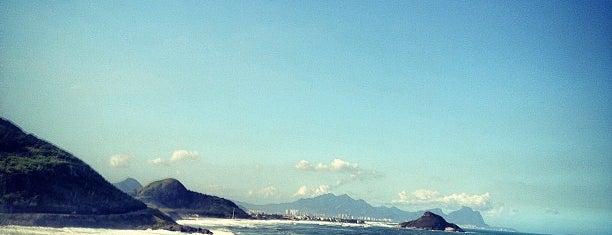 Prainha is one of Os 10 melhores picos de surf do Rio de Janeiro.